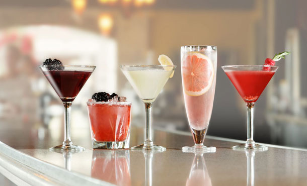 Featured-Ruthchris-cocktails